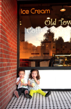 Downtown Glendale Arizona Kids Photographer