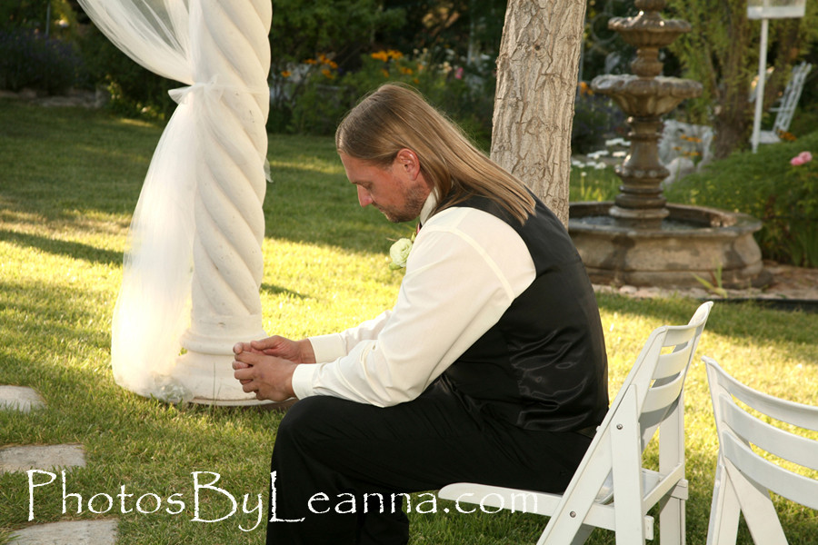 Matt sat like this for a few minutes. I have never really witnessed a groom contemplating the ceremony this much. He was a very happy man. He loves Dana, it's plainly obvious.